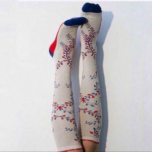 Peony & Moss Vintage Vines Knee Socks
